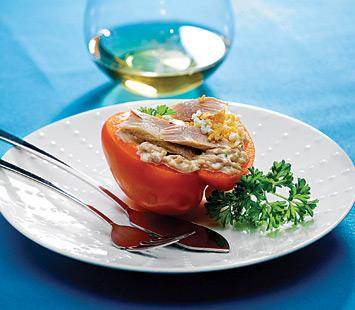tomates_e_pimentos_recheados_com_ventrusca_de_atum_dtk