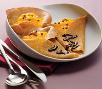 Crepes de Chocolate com Ovos Moles
