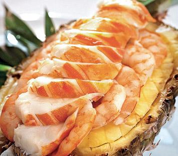 Salada de Lagosta com Abacaxi