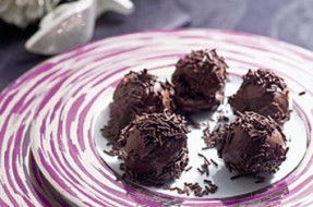 TRUFAS-DE-CHOCOLATE-COM-CA-copy
