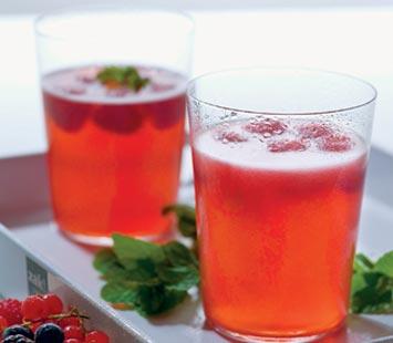 cocktail_de_sumo_de_framboesa_e_champanhe